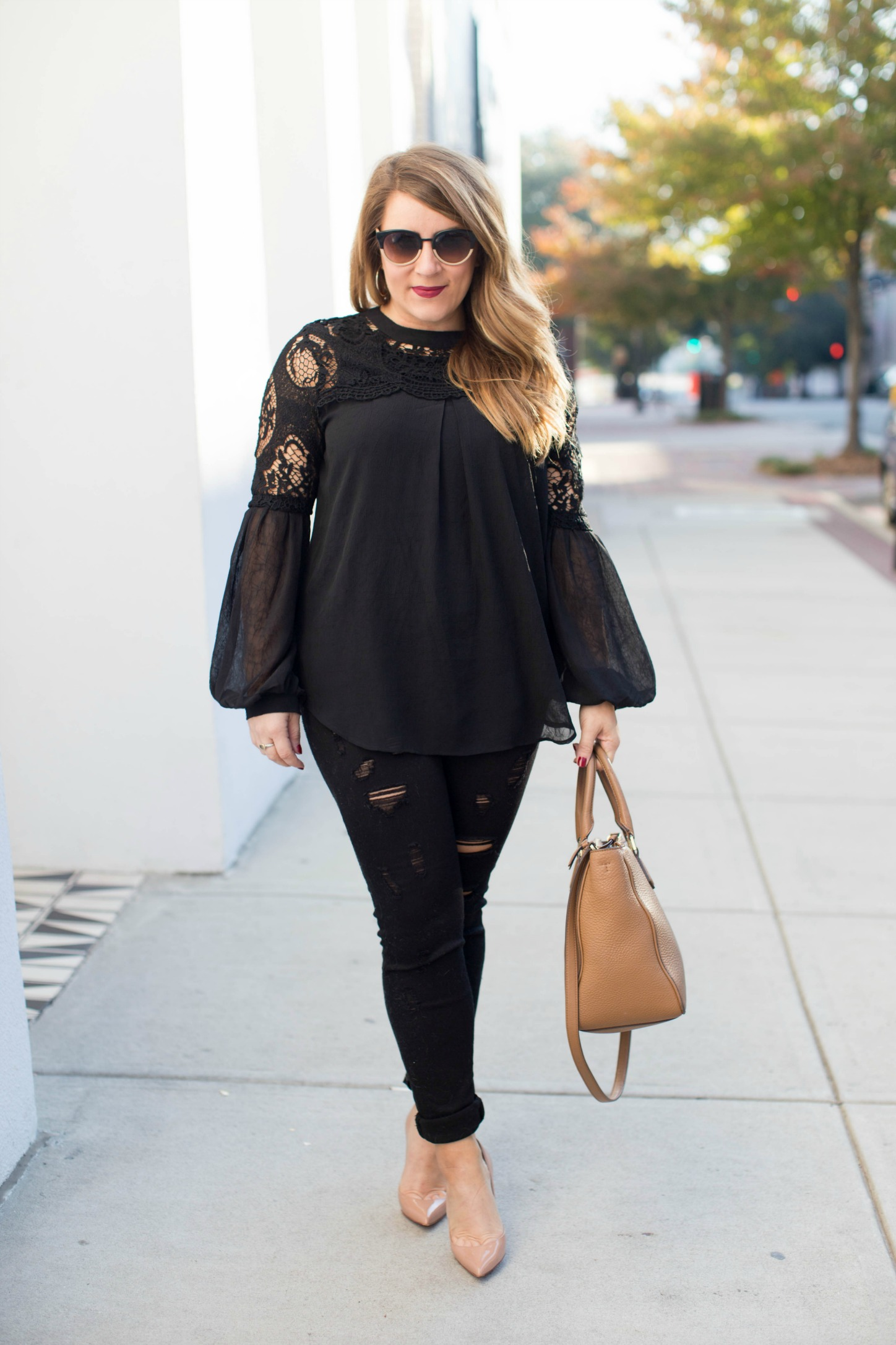 blakc-bell-sleeve-top-for-fall