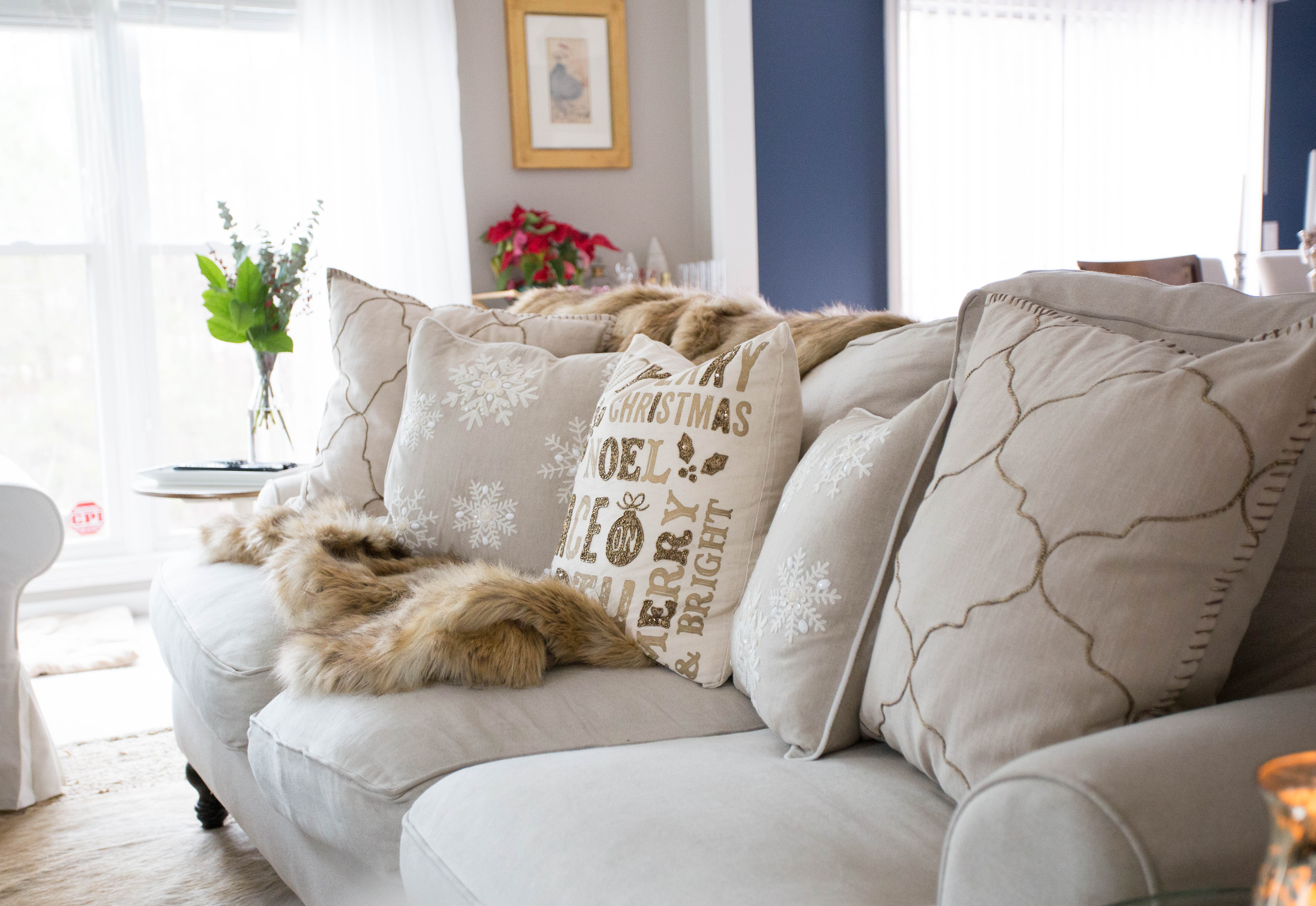 Christmas Home Tour by coffee blogger Amy of Coffee Beans and Bobby Pins