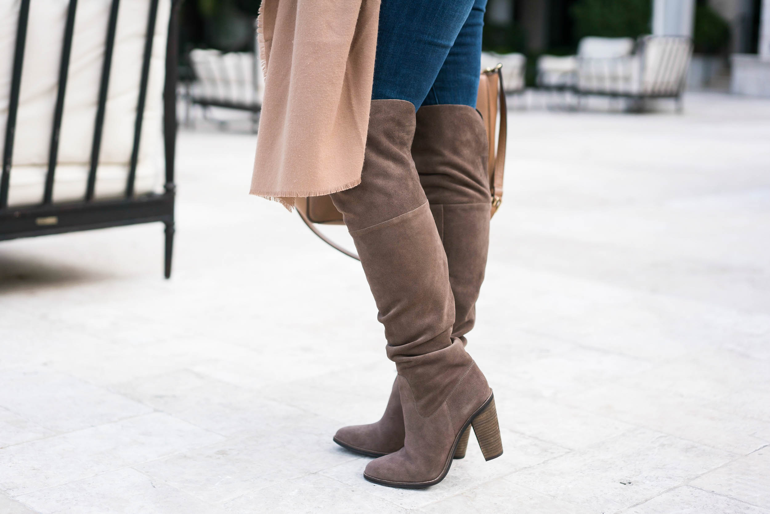 OTK Boots Neutral Looks for Winter | coffeebeansandbobbypins.com | @amy_cbandbp