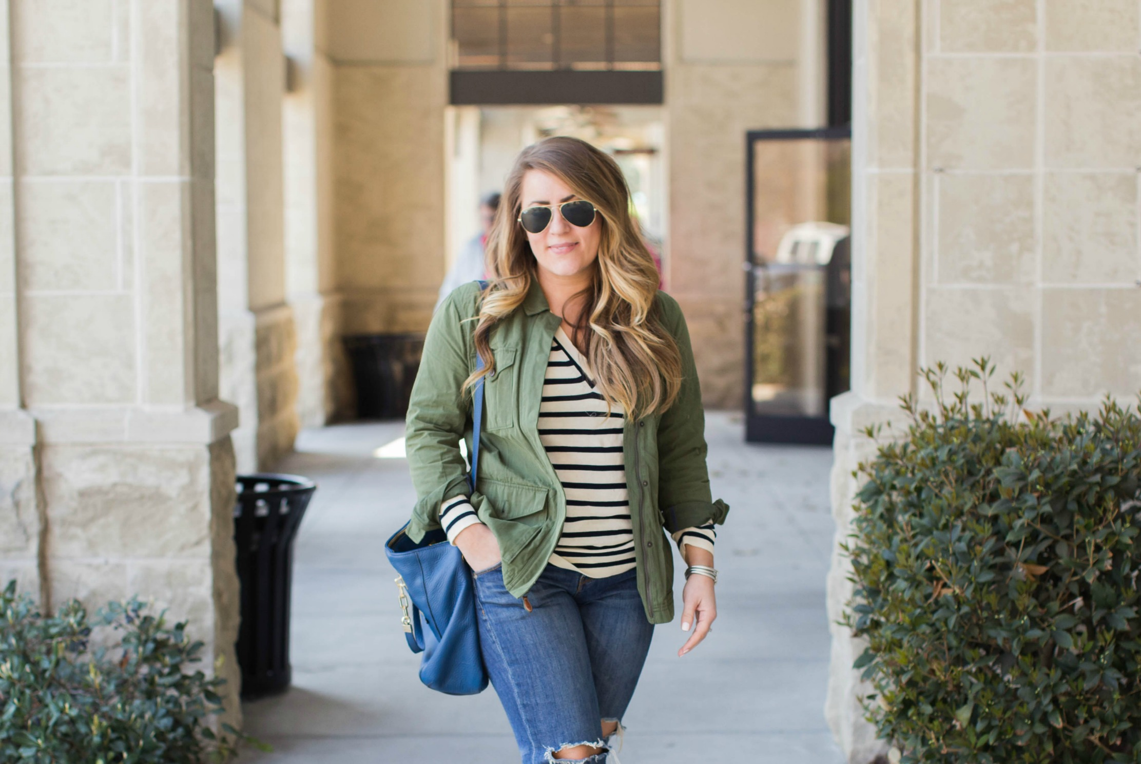 Casual Spring Outfit | coffeebeansandbobbypins.com