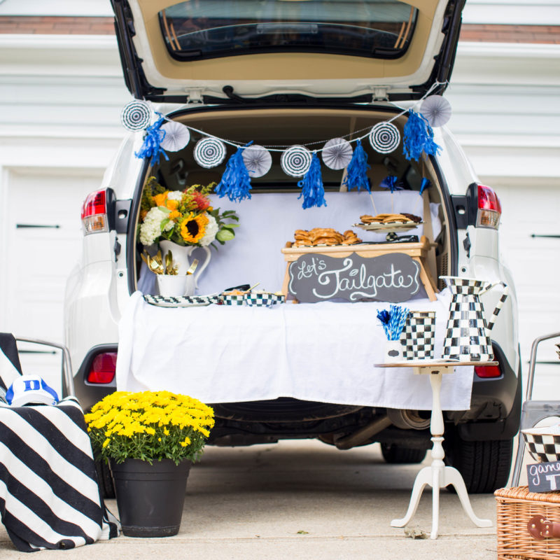 6 Awesome Tips to Host a Great Tailgate Party