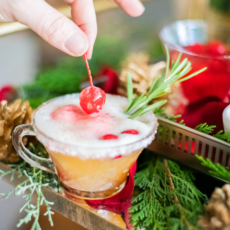 Easy and Delicious Non-Alcoholic Holiday Punch
