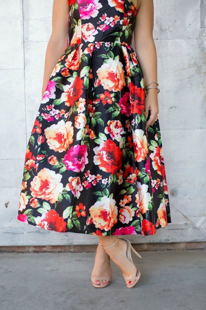 party dresses for fall, fall party dress, winter party dress, chicwish party dress, florals for fall, what to wear to a party in fall,