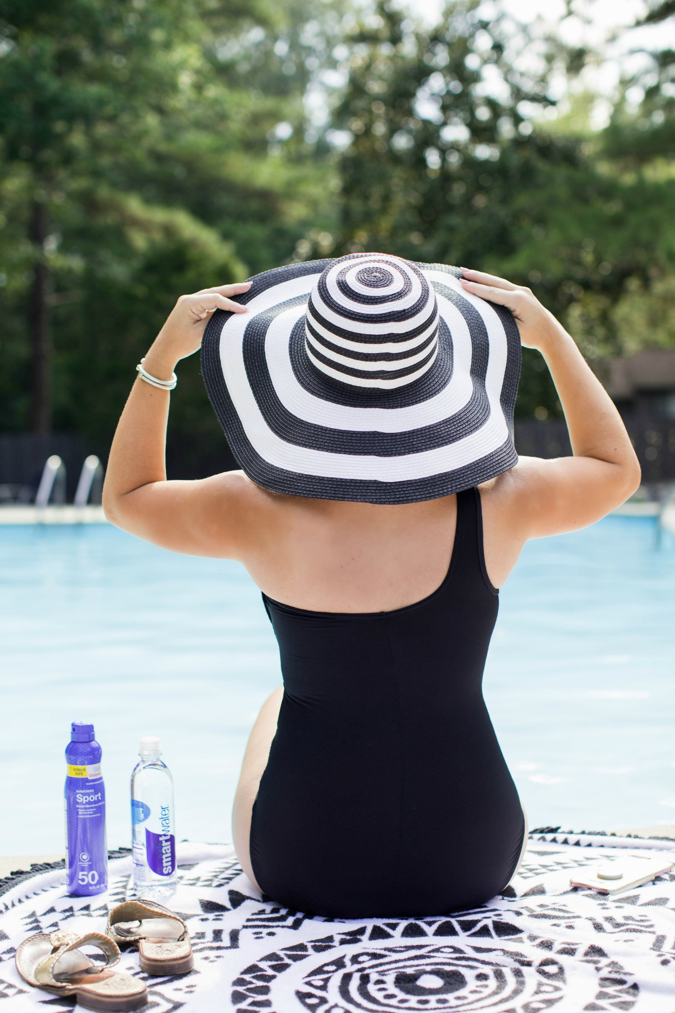 8 Pool Bag Essentials by NC blogger Coffee Beans and Bobby Pins